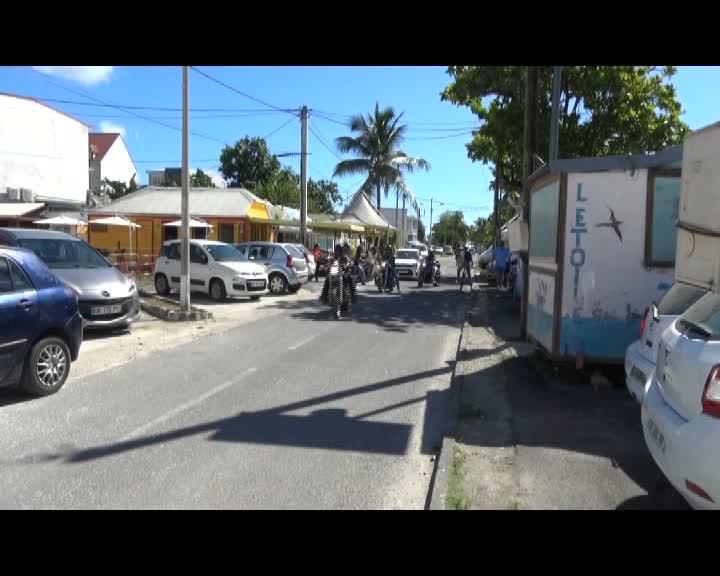 Visite de l'île Marie Galante en Harley Davidson : harleys, triumph et autres belles motos customs