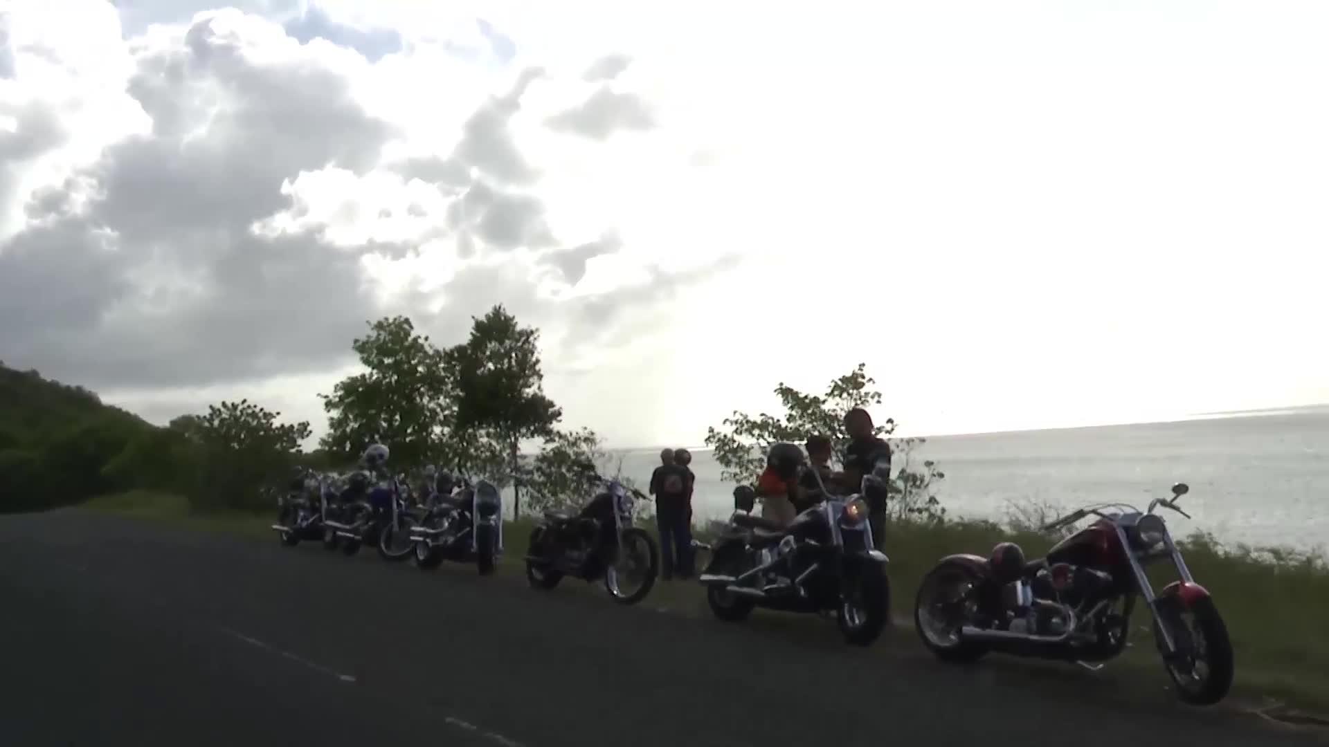 4 Juillet - 1er Ride Customs Marie Galante