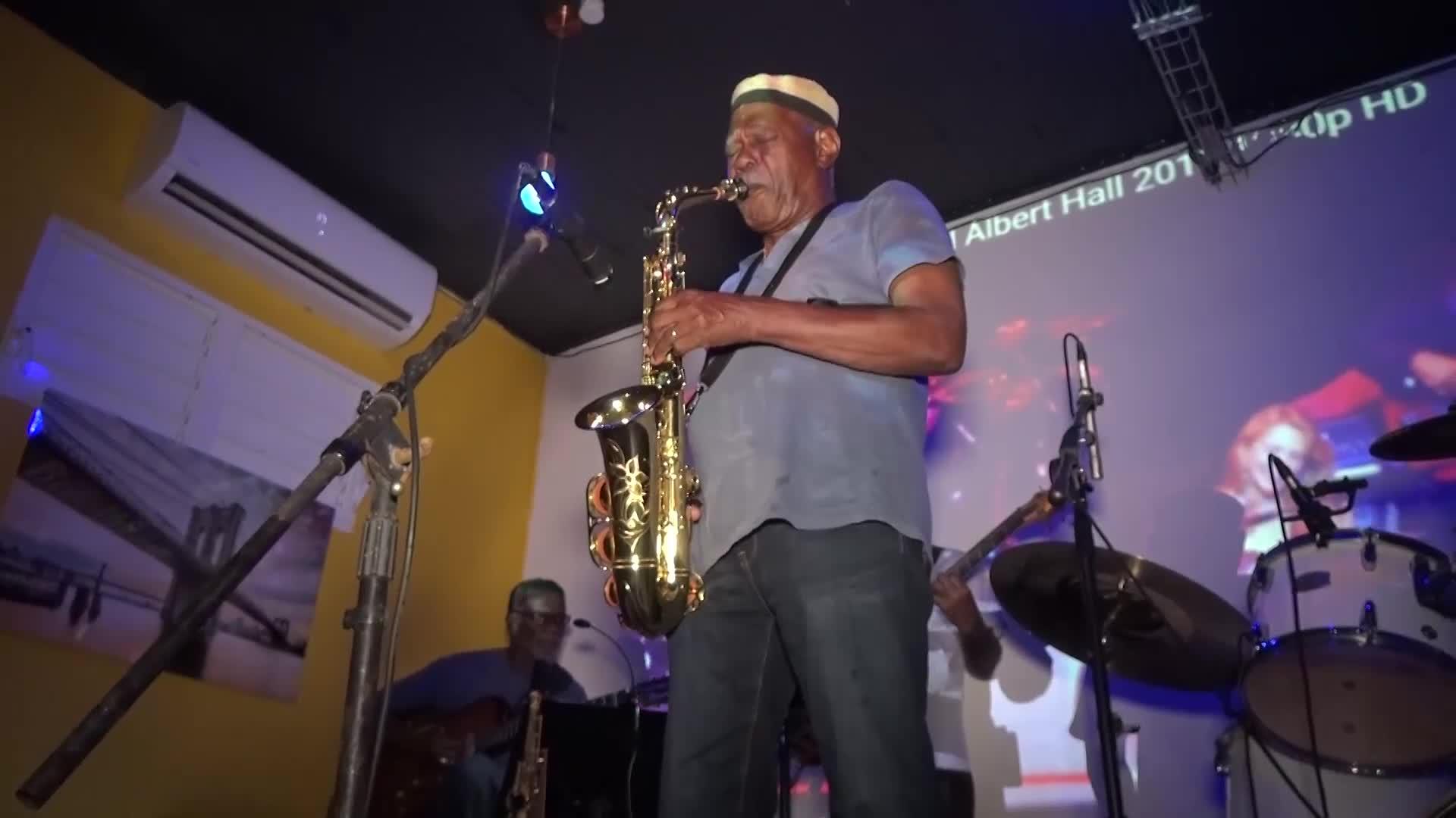 Le Marie Galante Jazz Band avec Camille Soprann au  Siwo Café