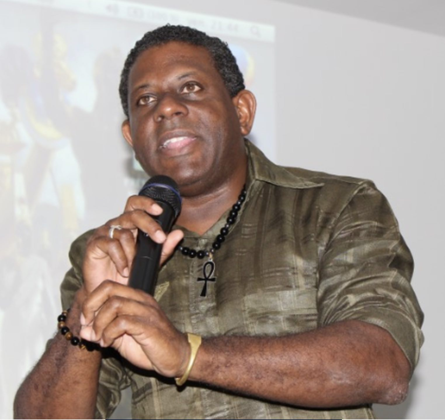 Afrique et ses nombreux apports : retour sur la conférence de Mr N.K OMOTUNDE  à Grand-Bourg